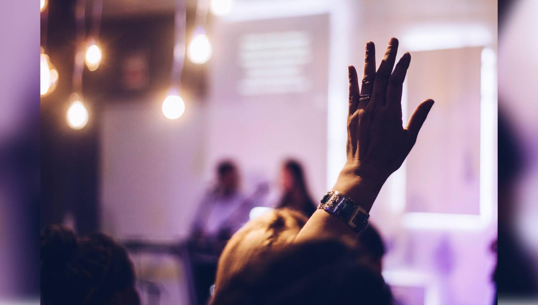 Agilität in Unternehmen: Zwei Vorträge, die Sie sich genauer anschauen sollten