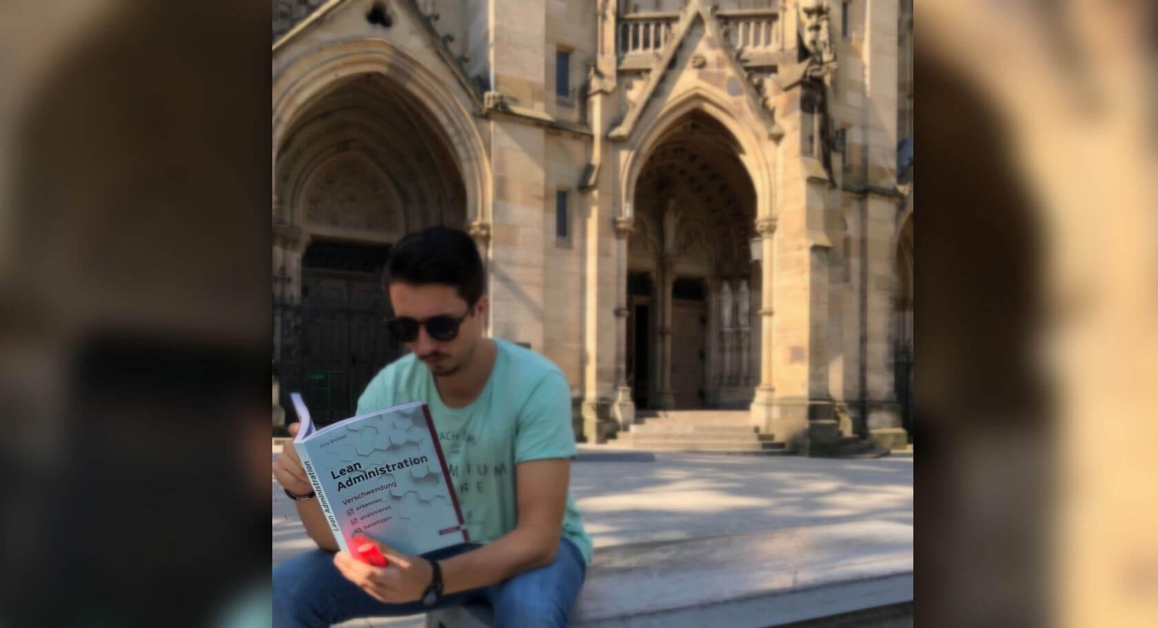 09/18 – Buch des Monats: Lean Administration